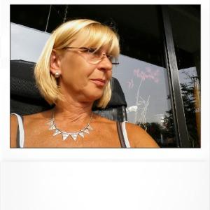 Andrea Rieder Nude Photos 33