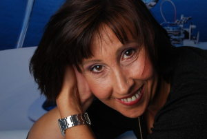 Gabriele Wendt - Gabriele_Wendt_P-BSY1Y-P_S-300_I-MIYIO-I