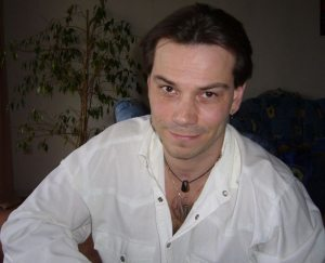 <b>Marco Becker</b> - Marco_Becker_P-XLCW-P_S-300_I-TJ3CH-I