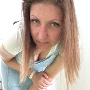 <b>Sandra Heuer</b> - Sandra_Heuer_P-2MFSI-P_S-225_I-1712HN-I